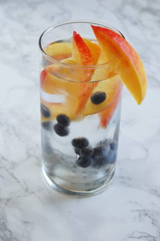 Blueberry Peach Water