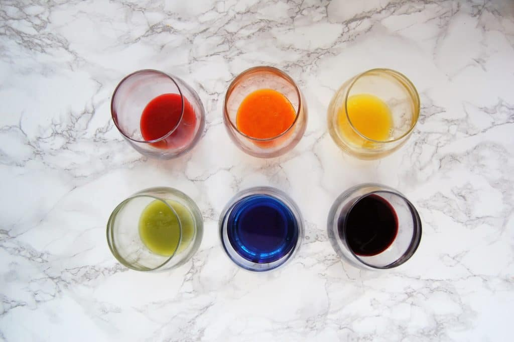 Taste the rainbow with these colorful Sparkling Rainbow Mocktails. All of their flavor, color, and sweetness comes naturally from fruit, vegetables, herbs, and teas. So yes - these beautiful beverages are dye-free and sugar-free! Get the recipes at @nutritiontofit!