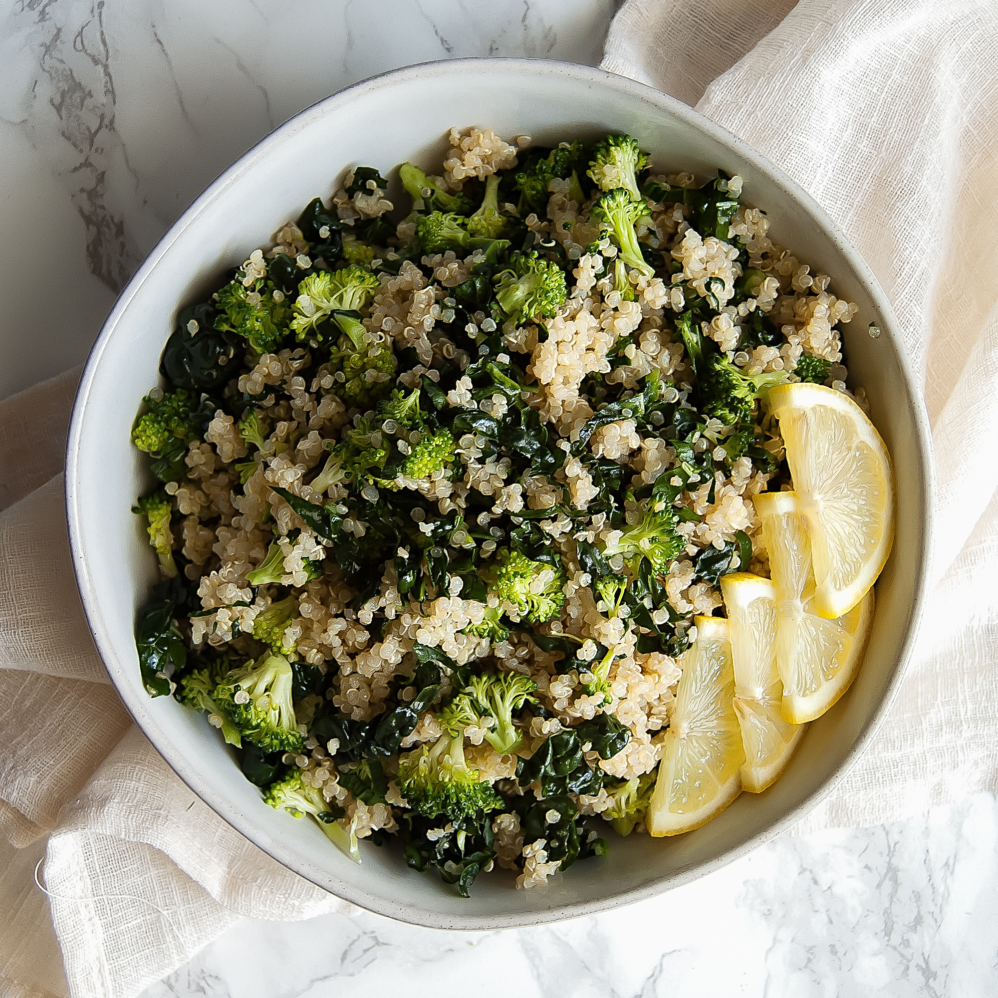 This 5-Minute Broccoli Kale Quinoa Salad is a deliciously light and healthy grain salad. It's packed with nutrients and is naturally gluten-free and free of all of the top 8 most common food allergens.