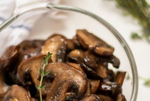 Healthy, Easy Sauteed Mushrooms
